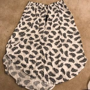 NWT - H & M feather skirt